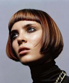 Short and messy – or sleek and sharp, the 60s Bob haircut is one of